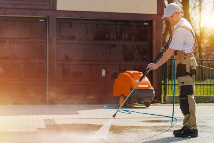 Cura e manutenzione delle aree verdi